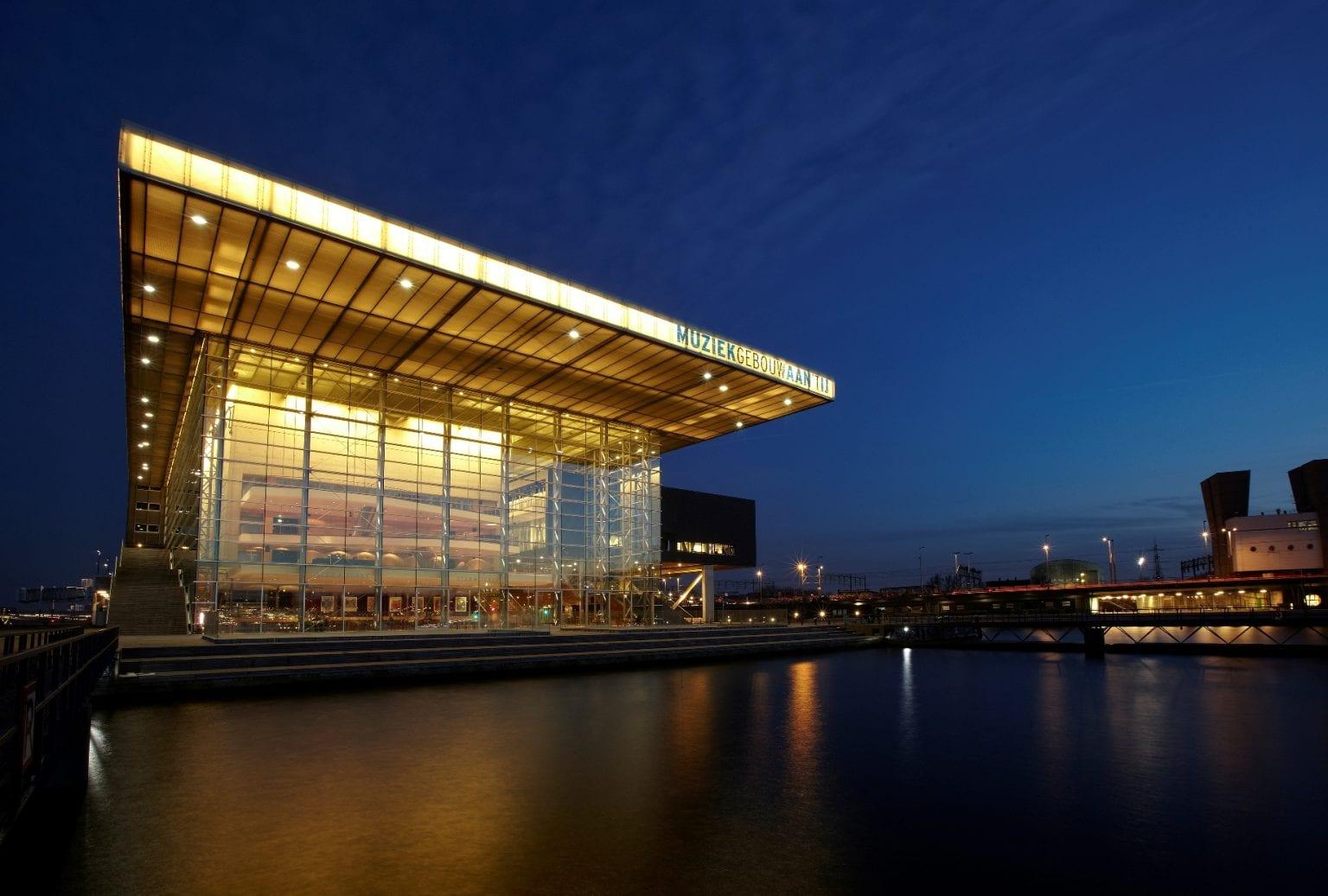 Muziekgebouw buitenaanzicht (3)
